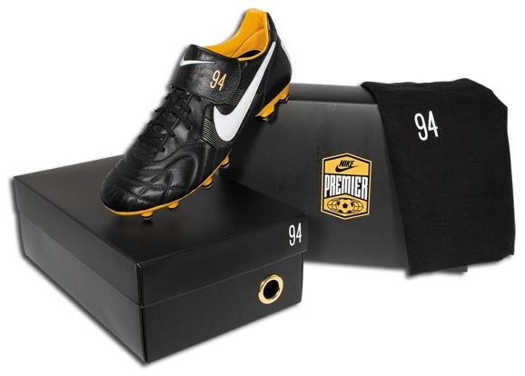 Nike Tiempo 94 soccer shoes