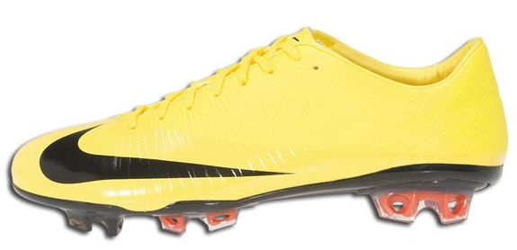 hot sale online 289af b81a4 Nike Mercurial Vapor Superfly in Yellow | Soccer Cleats 101