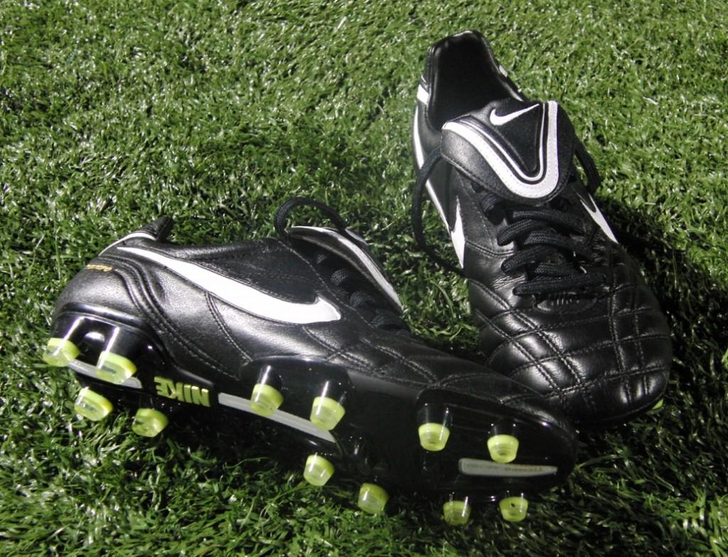 Nike Tiempo Legend III Cleats