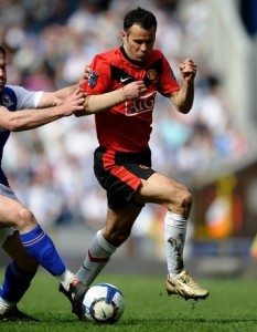 Giggs in Reebok Giggs pro