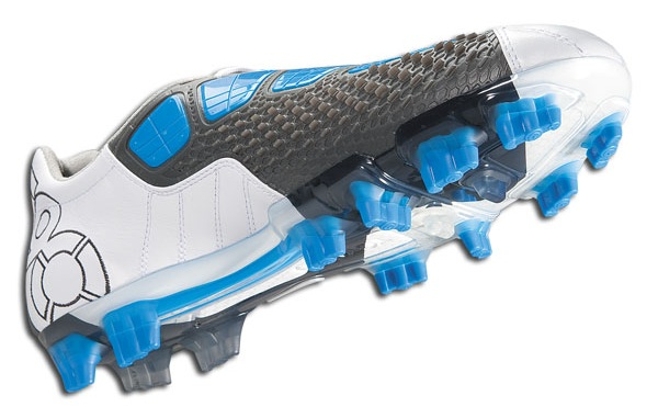 Nike Total90 Laser III in White/Photo Blue/Dark Charcoal | 2018 World Cup