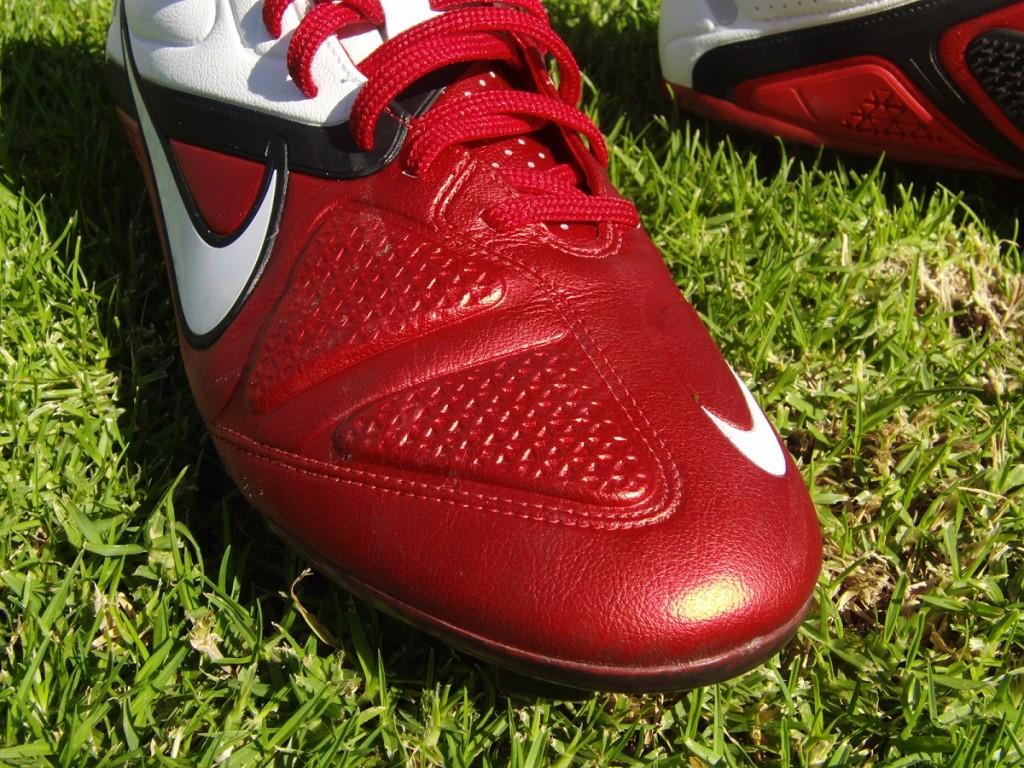 Nike CTR360 maestri II Front