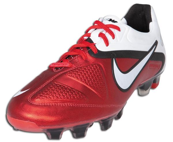 Nike CTR360 Maestri II