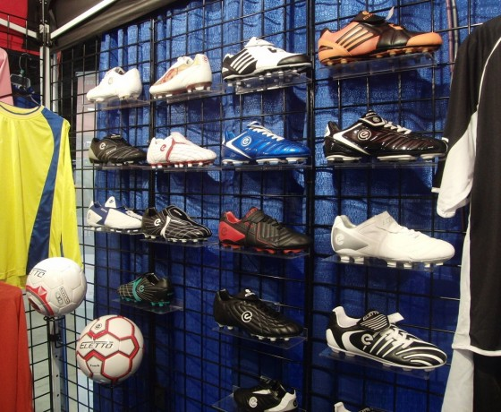Eletto Soccer Cleats