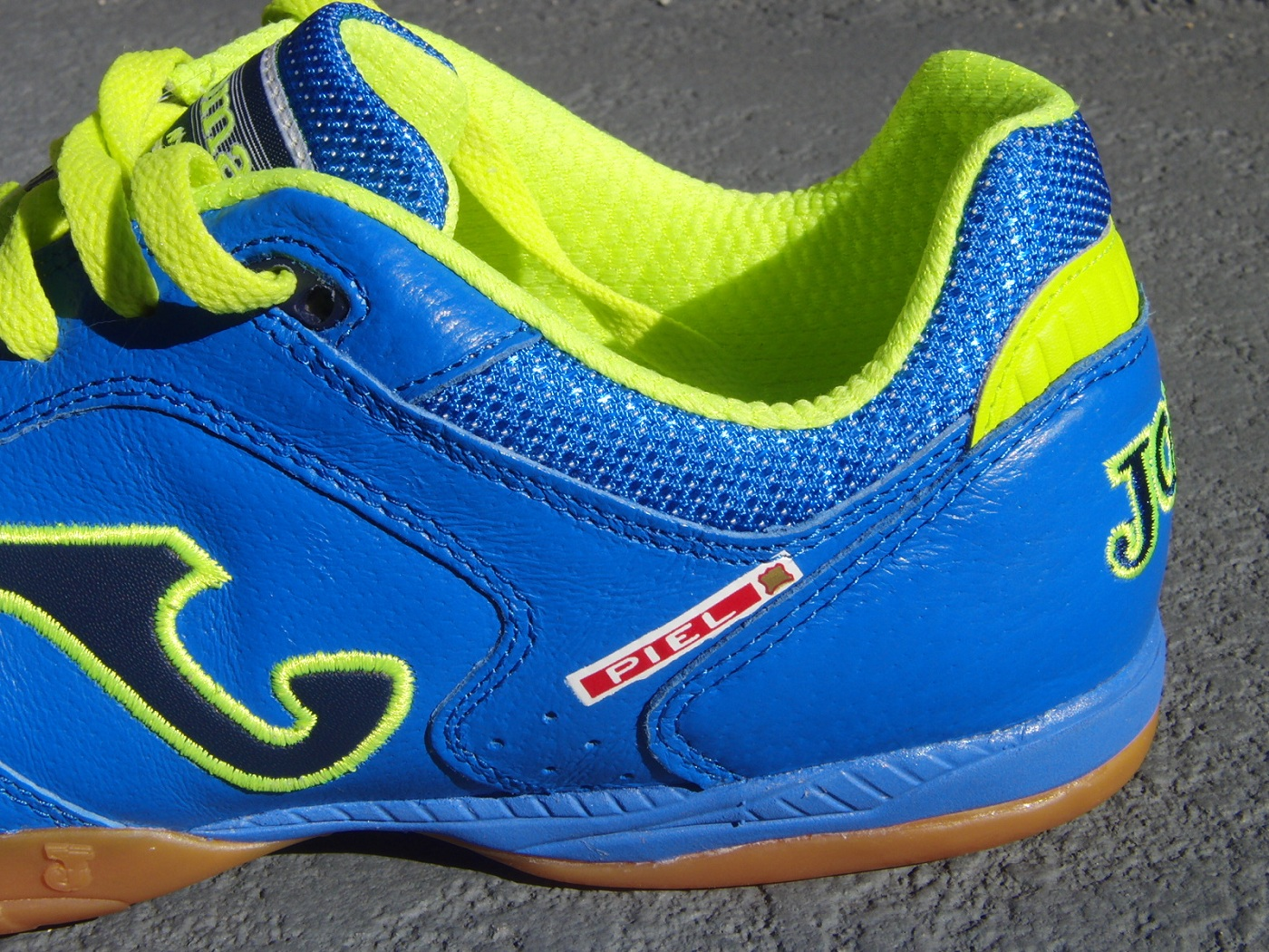 Joma Soccer Shoes Reviews
