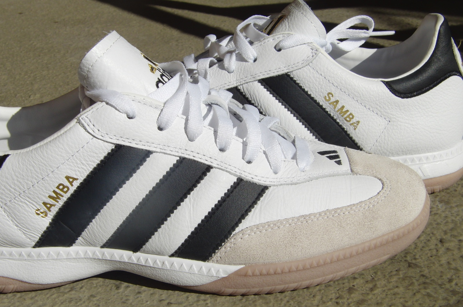 new arrivals adidas samba indoor soccer shoes review e7705 f61c9