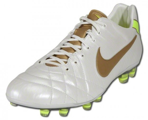 Nike Tiempo IV Classic White