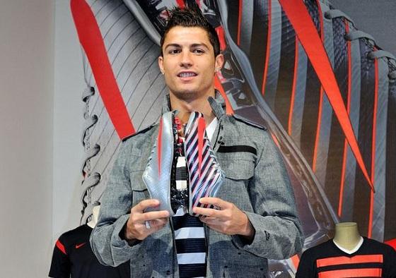 Cristiano Ronaldo CR7 Safari