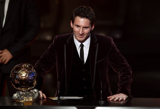 Lionel-Messi-Player-of-Year-2011
