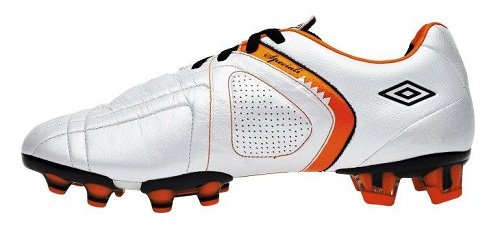 Umbro Speciali 3 Sideview