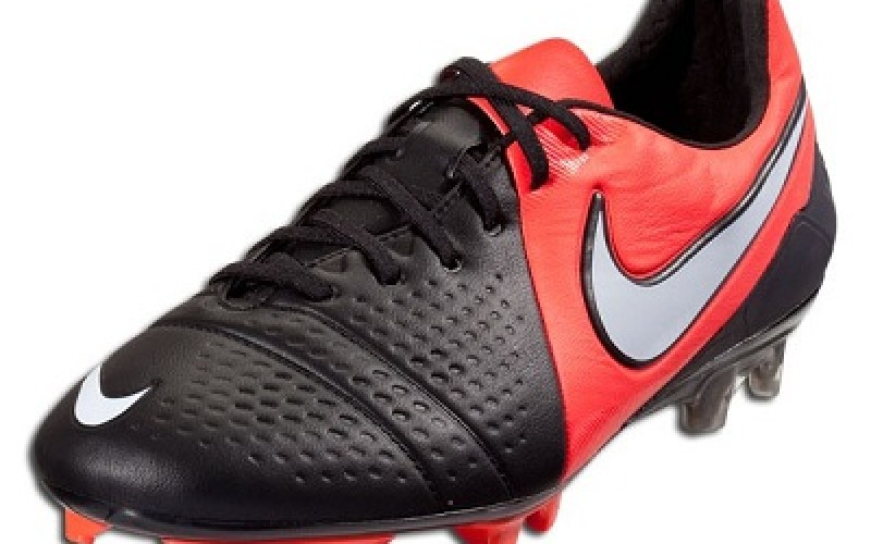 sports shoes 1c343 a42d2 Black-Nike-CTR360-Maestri-III-800x500c.jpg ...