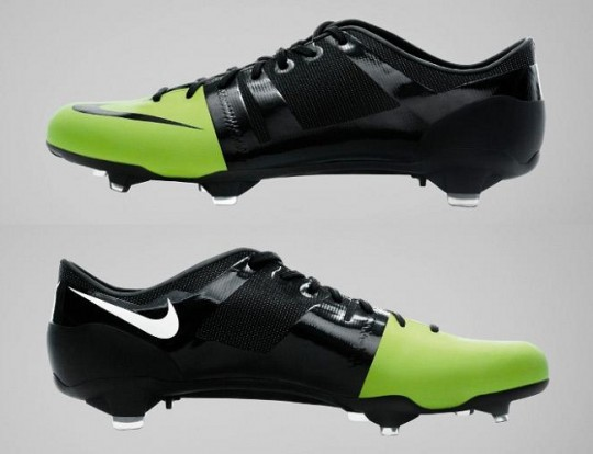 Nike GS Boots