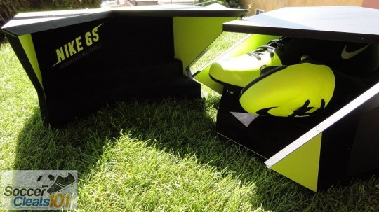 Unboxing Nike GS