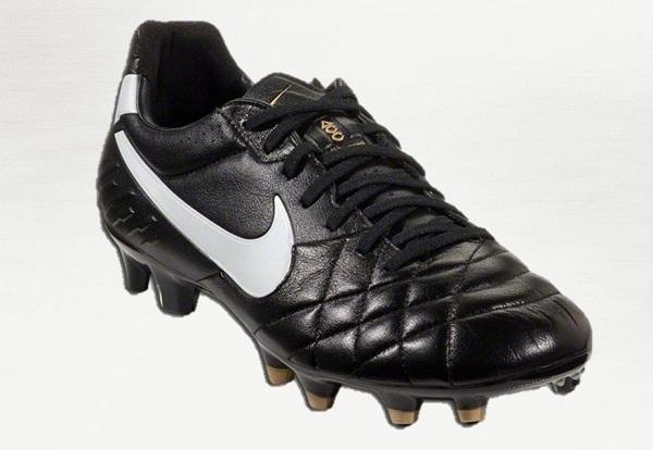 Nike Tiempo Black