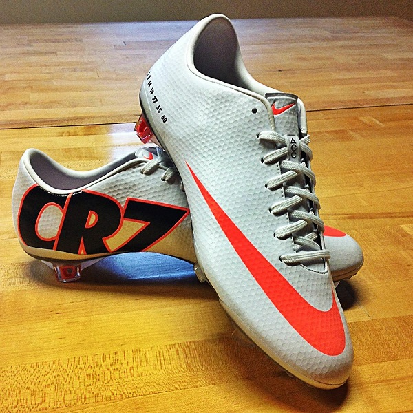 CR7 Mercurial Vapor IX | Soccer Cleats 101