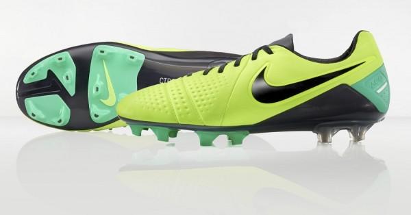 Hi Vis Nike CTR360 Maestri