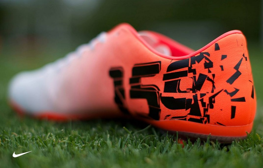 Nike soccer cleats 2013