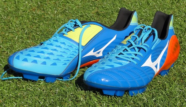 Blue Mizuno Wave Ignitus 3