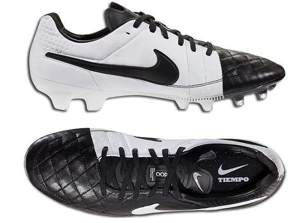 Traditional Black White Tiempo V