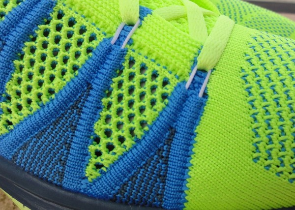 Nike Flyknit Flywire Up-Close