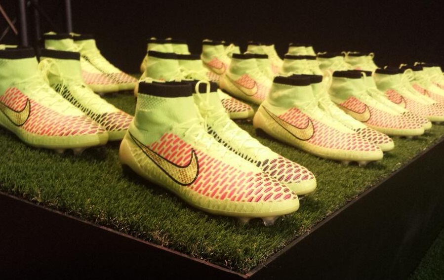 Magista Line-Up