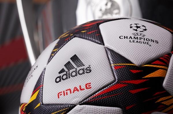 Adidas Finale 14