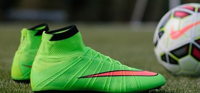 Meet Ronaldo's New Mercurial Superfly Green SE