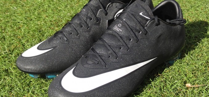 Up Close: Nike Mercurial Vapor X CR and Its Shimmer Effect