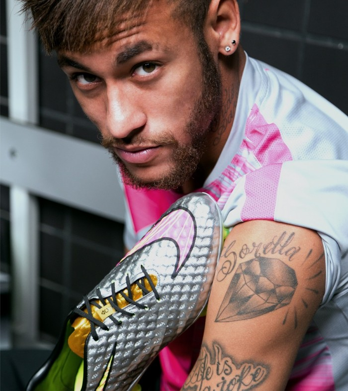 Neymar with Liquid-Diamond Hypervenom
