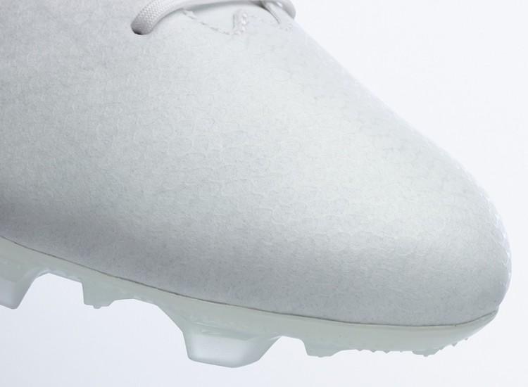 Adidas f50 Whiteout