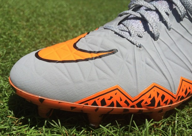 Nike Hypervenom II Forefoot Touch and Control