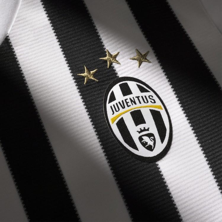 Juventus_details_digital_2_square