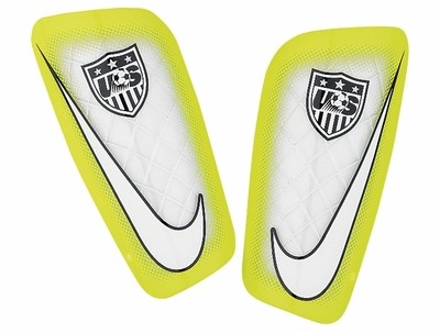 nike-usa-mercurial-lite-shinguards-white-10