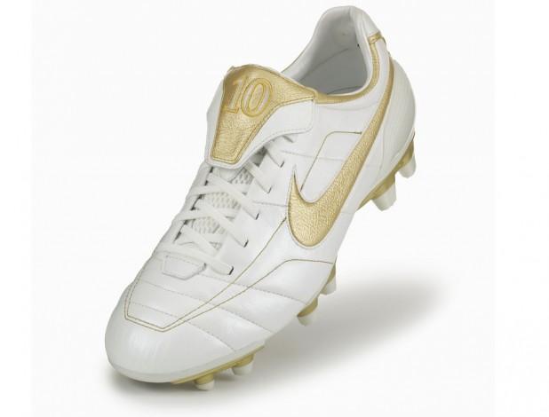 Nike Air Legend Tiempo Ronaldinho