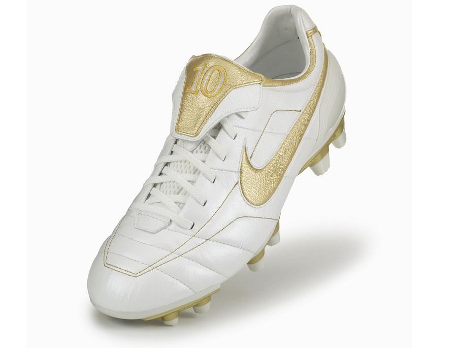 original nike soccer cleats