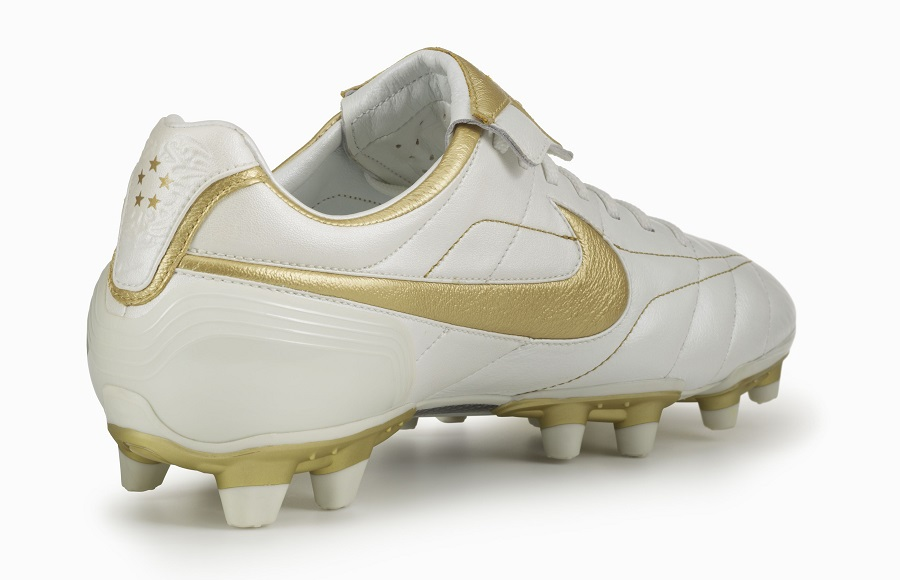 newest collection 679e8 492d1 Nike Air Legend Tiempo White Gold   Soccer Cleats 101