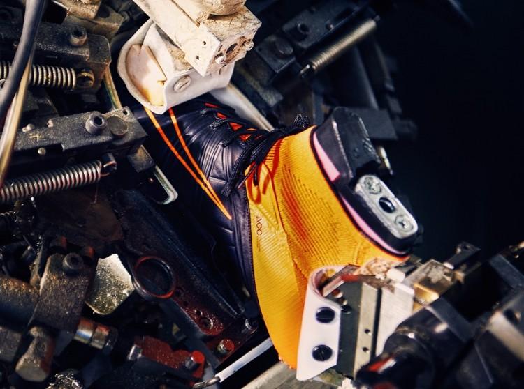 Nike TechCraft Leather Hypervenom Construction