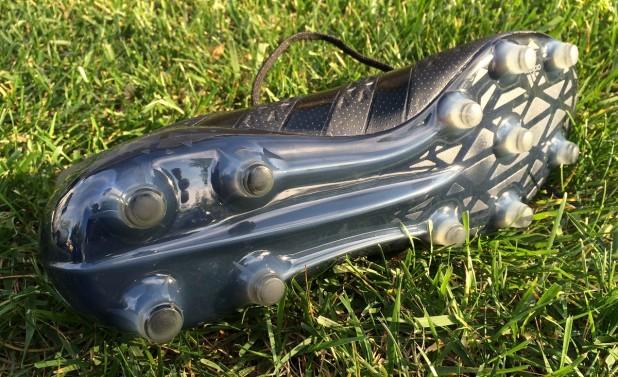 Fluid Black Ace16 Soleplate