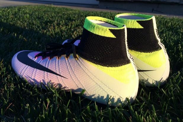 Nike Mercurial Superfly Radiant Reveal Heel