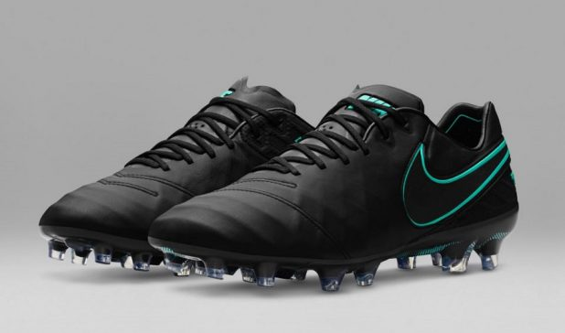 Pitch Dark Pack Tiempo