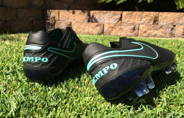 Nike Tiempo Legend 6 Pitch Dark Heel Design