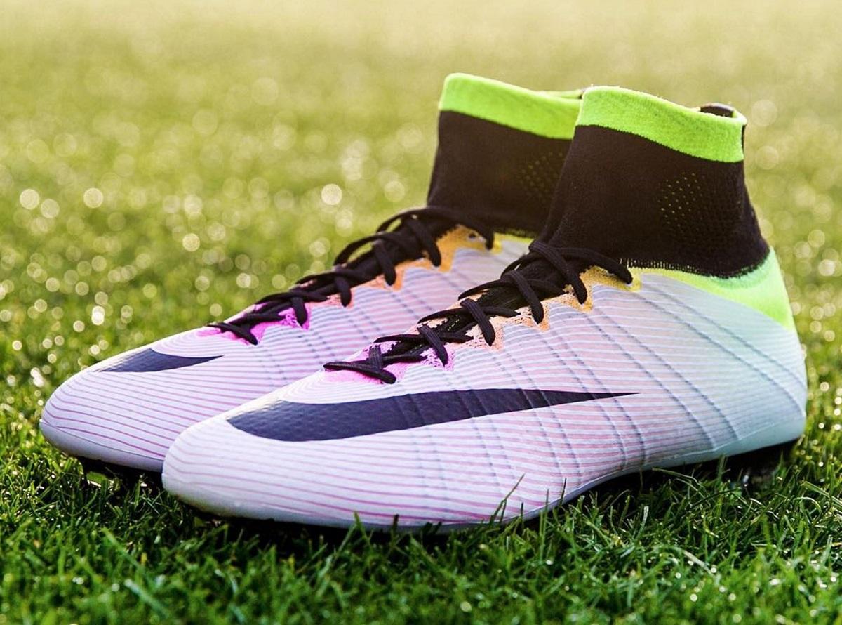 Específico satisfacción Universidad  nike-mercurial-superfly-radiant-reveal | Soccer Cleats 101