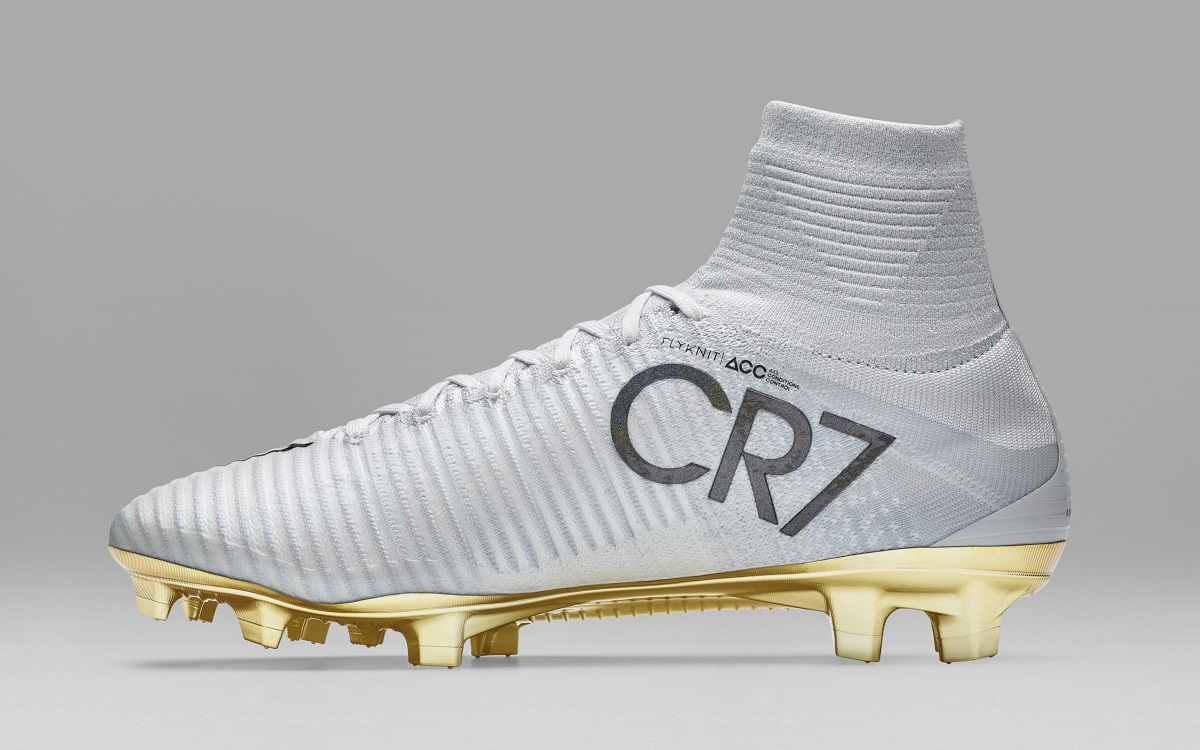 "Ronaldo's Limited Edition Mercurial Superfly CR7 ""Vitórias ..."