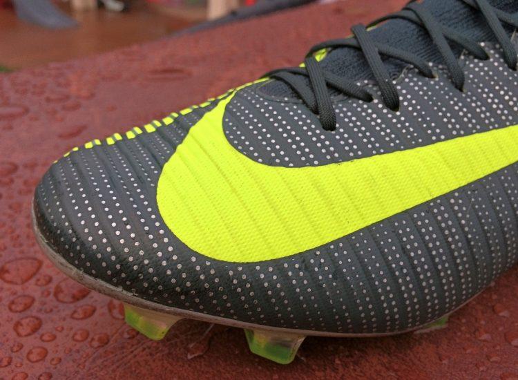 Nike Veloce Speedrib Upper