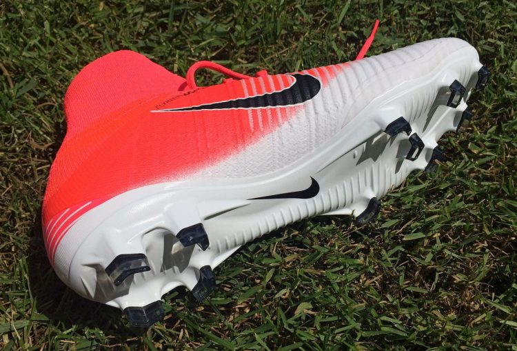 Mercurial Superfly V Soleplate
