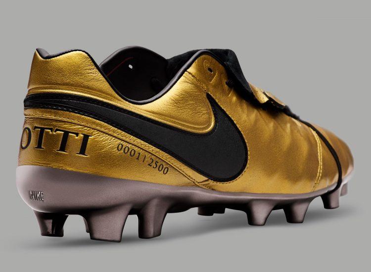 Totti X Roma Limited Edition Timpo Legend