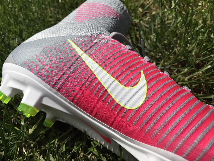 Women's Superfly Instep