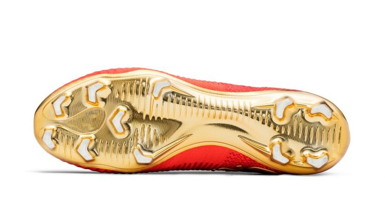 Cristiano Ronaldo CR7 Mercurial Campeoes Gold Soleplate
