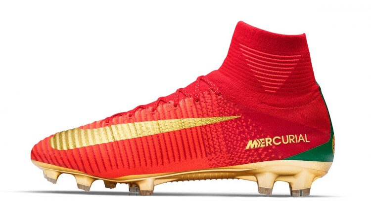 Cristiano Ronaldo CR7 Mercurial Campeoes Side Profile