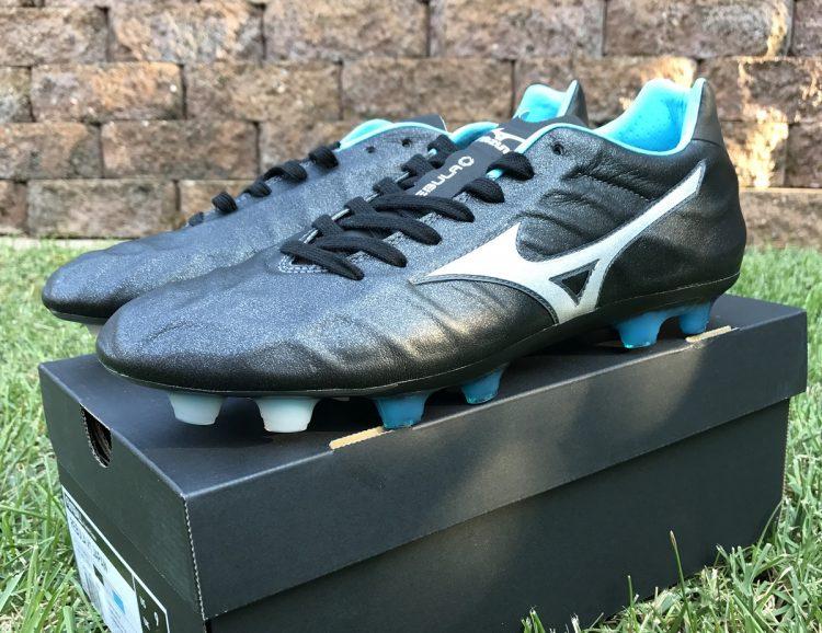 Mizuno Rebula V1 Soccer Cleat